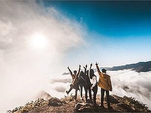 Ngắm thiên đường mây đẹp nhất Việt Nam khiến giới trẻ chỉ muốn xách ba lô lên và đi