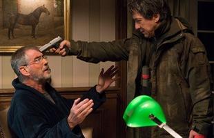 Thành Long đối đầu với Điệp viên 007 trong phim mới Kẻ Ngoại Tộc